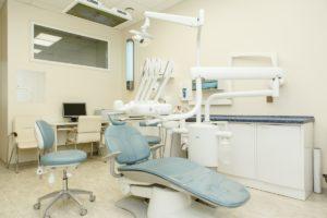 Стоматологический центр «Дентика» 7 (473) 202-73-49 - Кресло