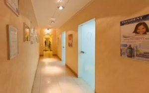 Многопрофильный медицинский центр «Альгида» +7 495 444‑66-46 - Коридор