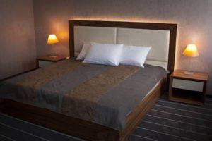 Ost West Club Hotel +7 (846) 2-300-100 - Кровать
