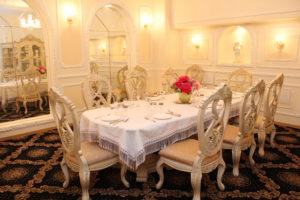 Мир гостиниц (473) 220-80-40 - Стол
